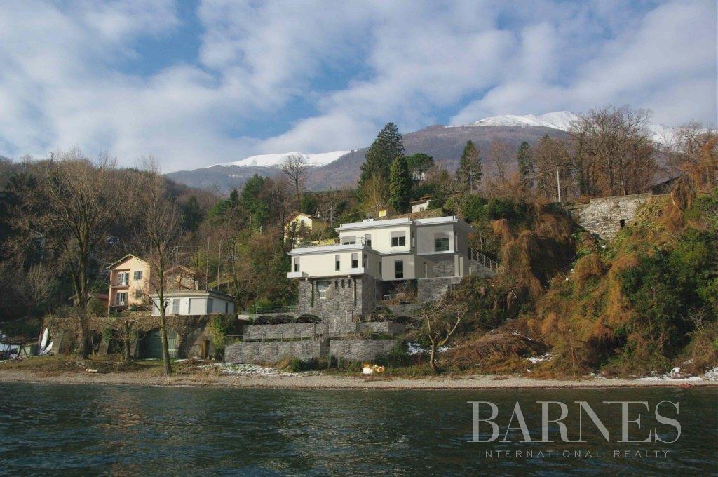 Waterfront beautiful villa on Lake Como